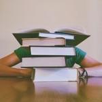 books-927394__180