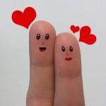 fingers-2010105__480